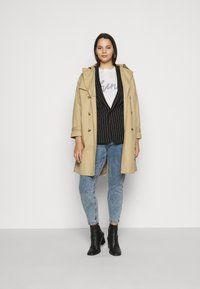 River Island Plus - Relaxed fit jeans - denim marl - 1