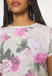 b.young - BYPANYA  - Print T-shirt - fuchsia pink mix - 5
