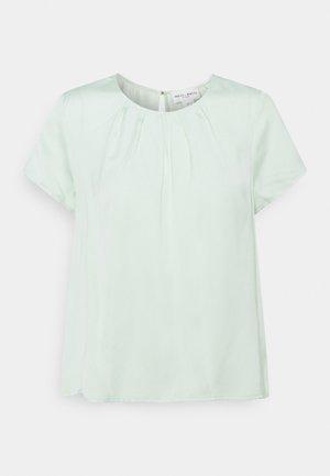BLOUSE JULIET - Basic T-shirt - light green