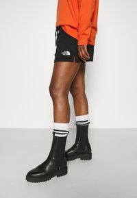 The North Face - MIX AND MATCH - Shorts - black - 6