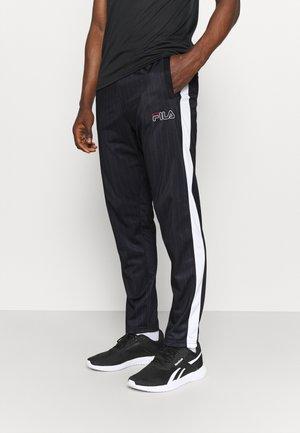 JAMESON STRIPED TRACK PANTS - Teplákové kalhoty - black/bright white
