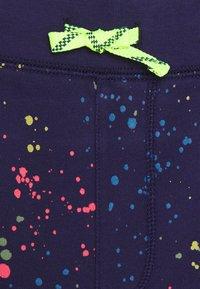 J.CREW - NEON PAINT SPLATTER - Teplákové kalhoty - indigo/multi - 2