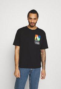 New Balance - Print T-shirt - black - 0