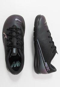 Nike Performance - MERCURIAL JR VAPOR 13 ACADEMY IC UNISEX - Halové fotbalové kopačky - black - 0
