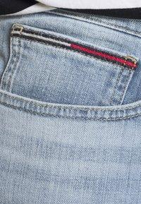 Tommy Jeans - SCANTON SLIM  - Denim shorts - hampton - 4