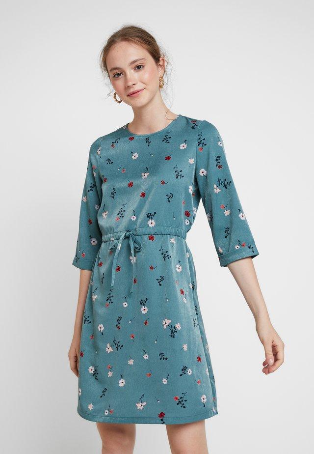 VMBOLETTE SHORT DRESS - Kjole - north atlantic/bolette