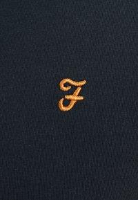 Farah - GROVES - T-shirt basic - true navy - 5