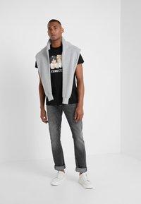 Fiorucci - VINTAGE ANGELS - Print T-shirt - black - 1