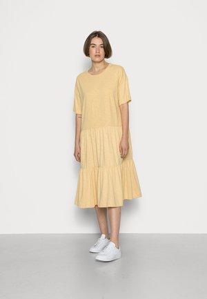 SLFRYLIE SHORT DRESS  - Jersey dress - sahara sun