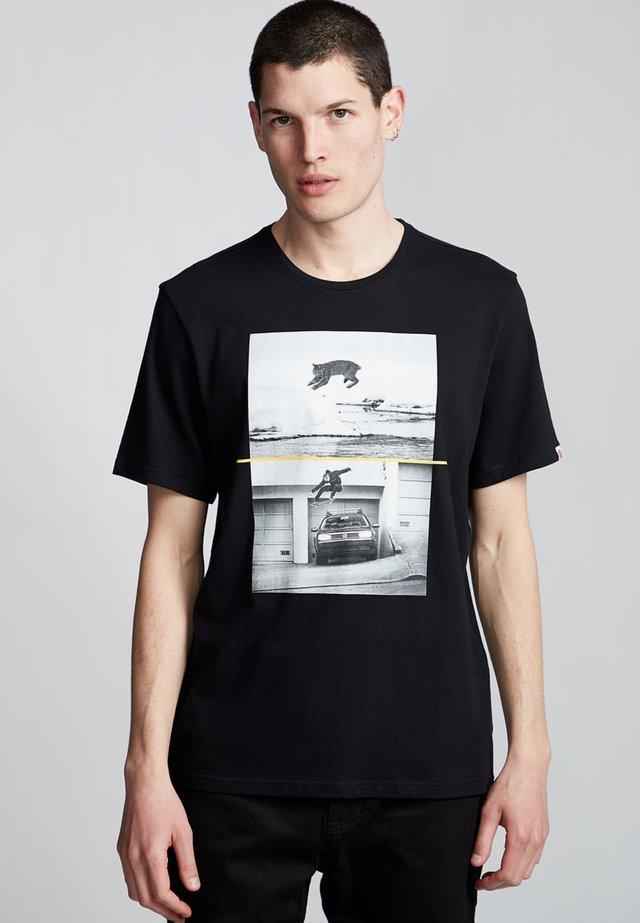 BOBCAT WESTGATE - Print T-shirt - flint black