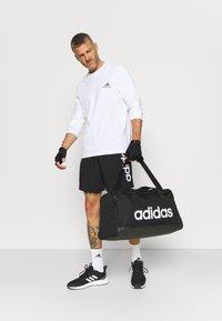adidas Performance - CHELSEA - Short de sport - black/white - 1