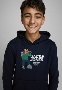 Jack & Jones Junior - SWEATSHIRT JUNGS STATEMENT-PRINT - Hoodie - navy blazer - 3