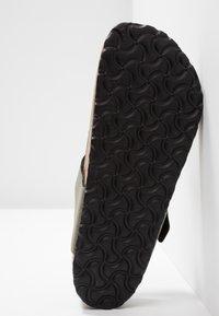 Birkenstock - GIZEH - T-bar sandals - icy metallic stone gold - 4