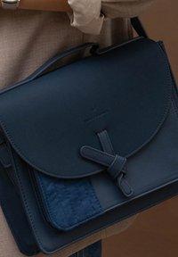 Violet Hamden - Across body bag - dark blue - 1