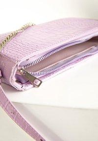 DeFacto - Across body bag - purple - 4