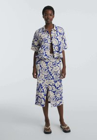 OYSHO - TROPICAL  - Button-down blouse - blue - 1