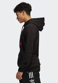 adidas Originals - RUN DMC HOODY - Hoodie - black/white/scarle - 3