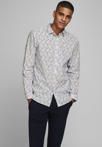 Jack & Jones PREMIUM - Shirt - umber - 0