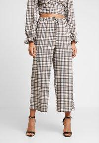 NEW girl ORDER - CHECK PRINT TROUSERS - Spodnie materiałowe - multi - 0