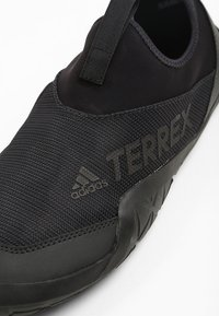 adidas Performance - TERREX JAWPAW II - Watersports shoes - black - 5