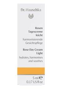Dr. Hauschka - ROSE DAY CREAM LIGHT - Face cream - - - 1