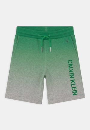 GRADIENT LOGO - kurze Sporthose - green/mottled grey