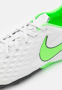 Nike Performance - TIEMPO LEGEND 8 PRO TF - Astro turf trainers - platinum tint/rage green - 5
