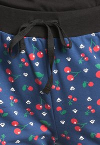 Pussy Deluxe - CAT PAWS & CHERRIES - Tracksuit bottoms - blau allover - 5