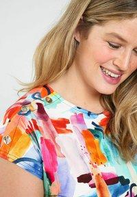 Paprika - Print T-shirt - multicolor - 3