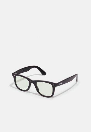 STÖK TRANSITIONAL LENSES UNISEX SET - Sunglasses - black/transparent