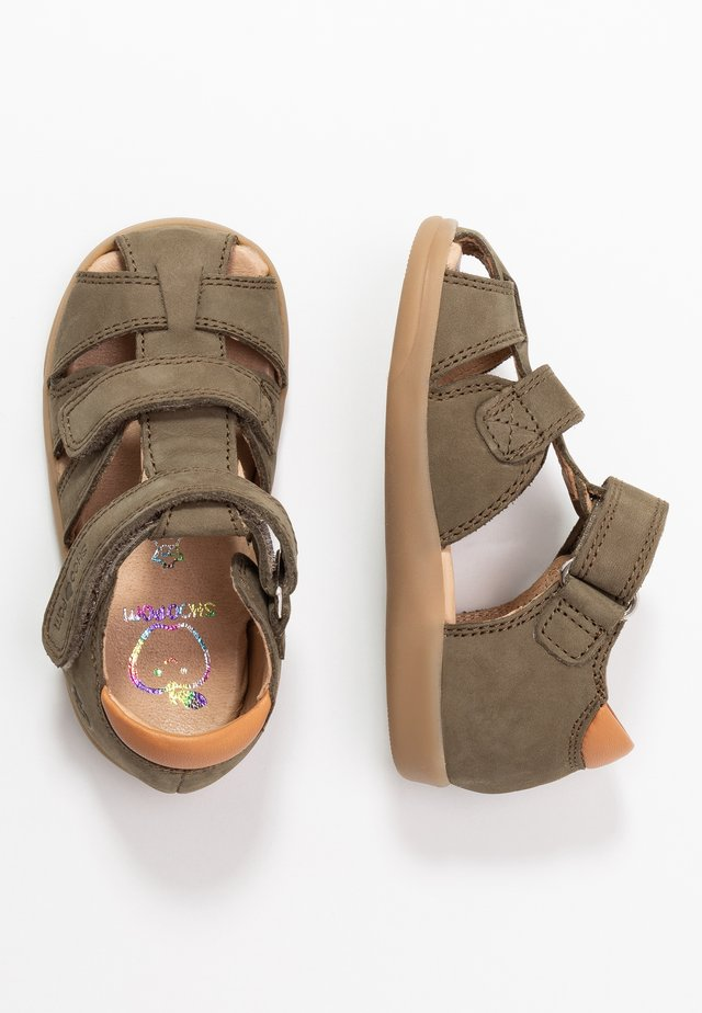PIKA SCRATCH - Sandals - kaki/wood