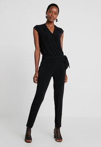comma - OVERALL - Jumpsuit - black - 0