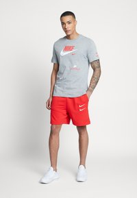 Nike Sportswear - TEE - Print T-shirt - grey heather - 1