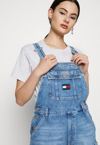Tommy Jeans - DUNGAREE - Dungarees - blue denim - 3