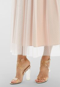 Apart - A-line skirt - creme-nude - 3