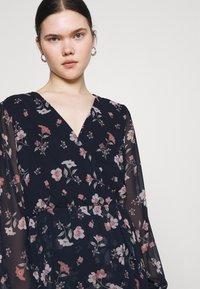 Vero Moda - VMZALLIE WRAP DRESS - Day dress - navy blazer/zallie - 3