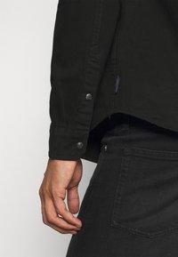Scotch & Soda - CLASSIC WESTERN IN SEASONAL WASHES - Shirt - black denim - 5
