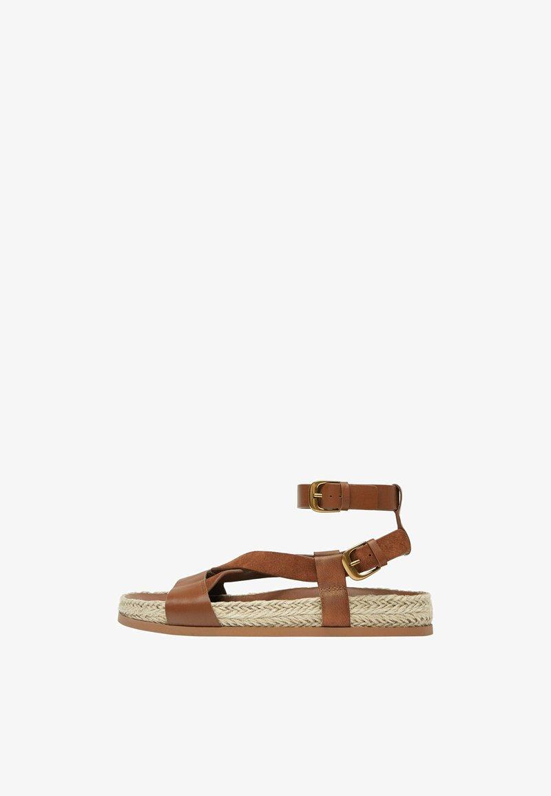 Uterqüe - Sandalen met enkelbandjes - brown
