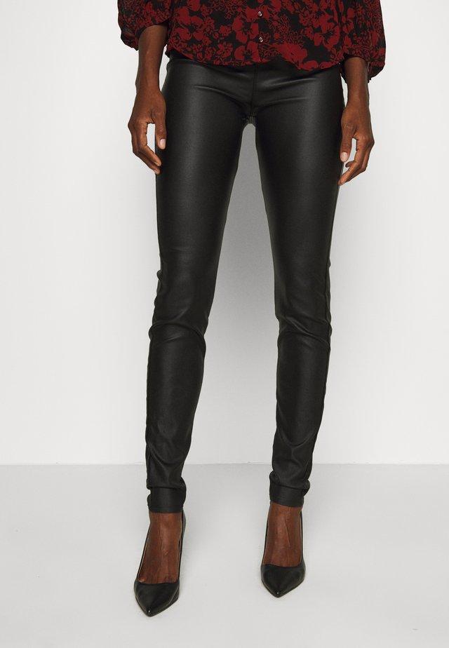 FQSHANNON COOPER - Leggingsit - black