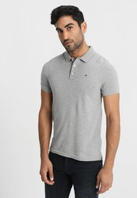 Tommy Jeans - ORIGINAL FINE SLIM FIT - Polo shirt - light grey - 0