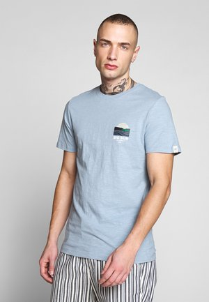 JORSOUVENIR TEE CREW NECK - T-shirt - bas - ashley blue