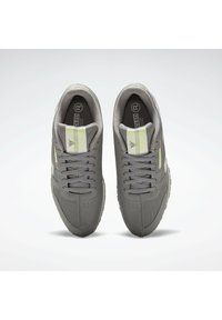 Reebok Classic - CLASSIC LEATHER REECYCLED SHOES - Sneakersy niskie - grey - 5