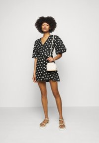 Faithfull the brand - GODIVA WRAP DRESS - Denní šaty - black - 1