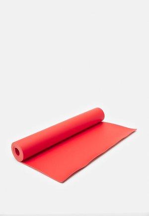B MAT EVERYDAY - Fitness / yoga - sunrise red