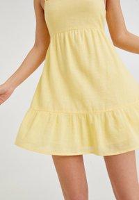 PULL&BEAR - Day dress - yellow - 4