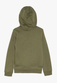 Nike Sportswear - HOODIE CLUB - Hoodie - medium olive/white - 1