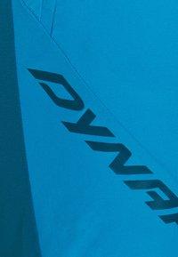 Dynafit - TRANSALPER LIGHT  - Outdoor shorts - frost - 2