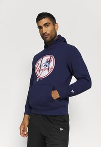Fanatics - MLB NEW YORK YANKEES ICONIC PRIMARY COLOUR LOGO GRAPHIC HOODIE - Club wear - navy - 0