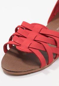 Dorothy Perkins - JINX - Sandalias - red - 2