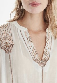 b.young - BYIZABEL - Blouse - off white - 3